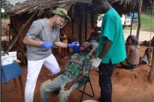 Dentysta z Sopotu działa w Bagandou