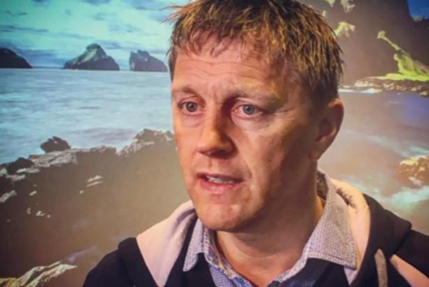 Islandzki trener Heimir Hallgrímsson nadal lubi leczyć zęby