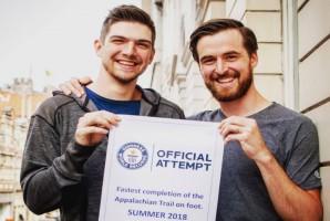 Dentysta pozamiatał w ultramaratonach