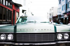 Chicago: samochód wjechał do gabinetu stomatologicznego