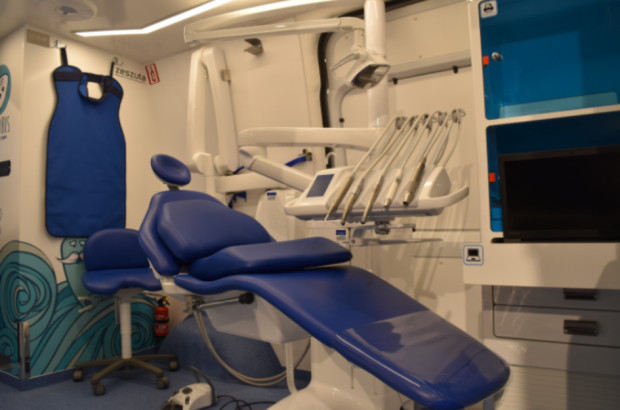 Lubelskie: w lipcu dentobus przestoi w jednym miejscu