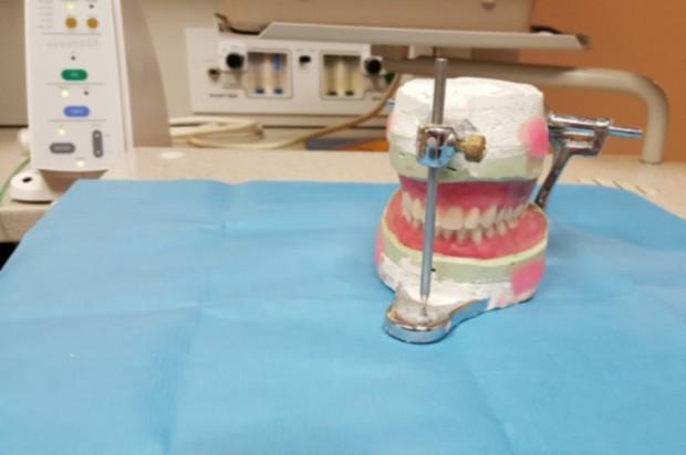Areszt w Lublinie szuka dentysty protetyka
