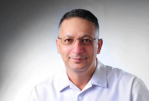 Prof. Mansur Rahnama odznaczony Złotym Krzyżem Zasługi