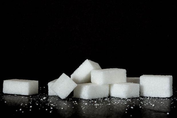 Cukier przyczyną problemów periodontologicznych