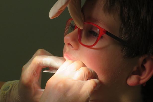 Które szkoły dostaną wsparcie na gabinety stomatologiczne