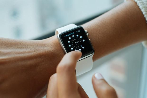 Prowadzenie dokumentacji medycznej w formie elektronicznej: przesunięcie godziny zero