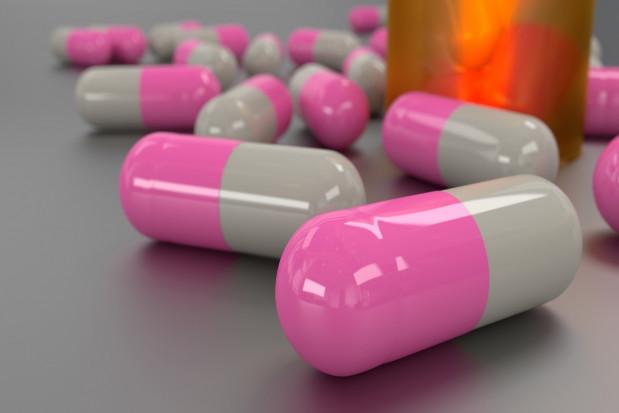 Nowy antybiotyk w terapii chorób przyzębia