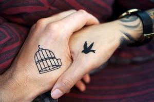 Jak cię widzą, tak cię piszą, czyli tatuaż w gabinecie stomatologicznym