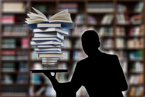 UM w Poznaniu: potrzebny starszy wykładowca