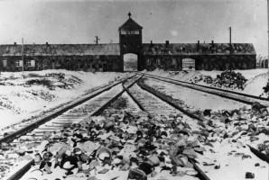 Dentysta dokumentował piekło Auschwitz