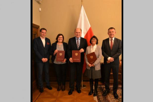 Prof. Joanna Szczepańska ponownie konsultantem wojewódzkim w dziedzinie stomatologii dziecięcej