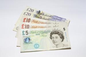 6,5 tys. funtów zadośćuczynienia za ból po ekstrakcji zęba