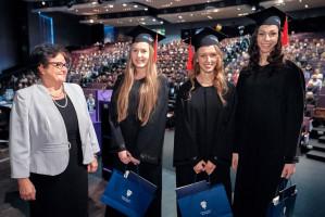 UM w Łodzi: wielkie rozdanie dyplomów