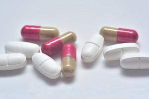 Antybiotyki: Rada Europejskich Lekarzy Dentystów zachęca do wypełnienia ankiety