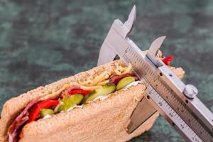 """""""Cukier, otyłość konsekwencje""""  - porażka stomatologii"""