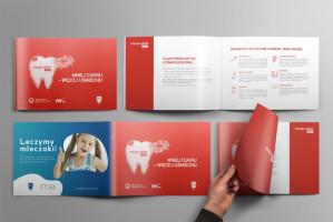 Polska mówi #aaa z broszurą