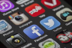 Pułapki mediów społecznościowych - wpis może być uznany za reklamę