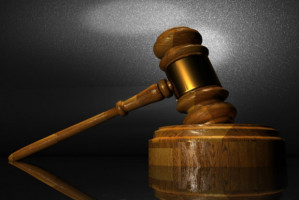 Sprawa dentysty oszusta na wokandzie sądowej
