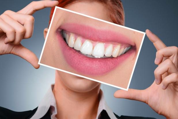 Upiększający zabieg stomatologiczny z funduszu prewencyjnego w policji