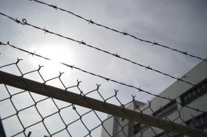 Studenci stomatologii działają w więzieniu