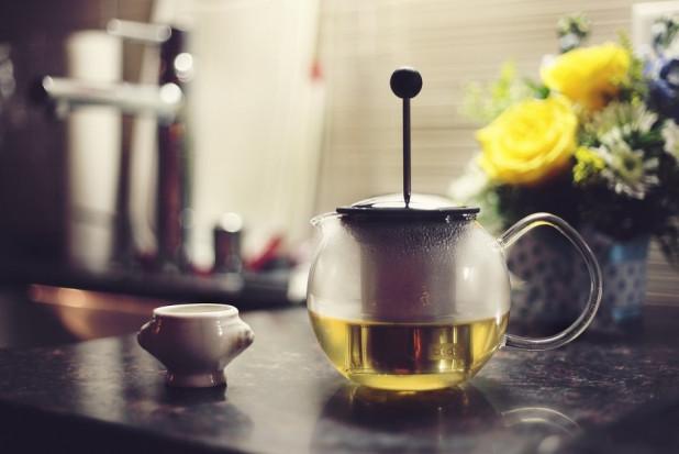 Zaawansowana technologia w badaniu wpływu zielonej herbaty