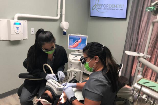 Rozszerzoną rzeczywistością w dentofobię