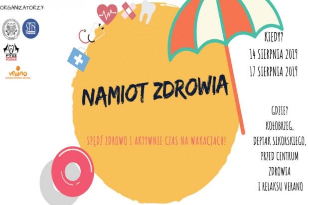 Studenci UM w Poznaniu pod naukowym namiotem w Kołobrzegu