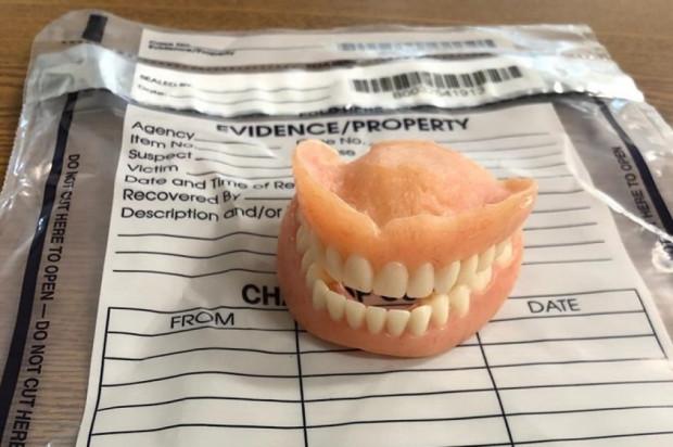 Działania operacyjne policji doprowadziły do odzyskania protezy zębowej