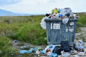 Dentysta pokajany zlikwidował nielegalne składowisko odpadów medycznych