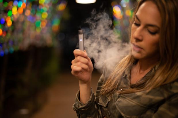 Polska w europejskiej czołówce palaczy e-papierosów