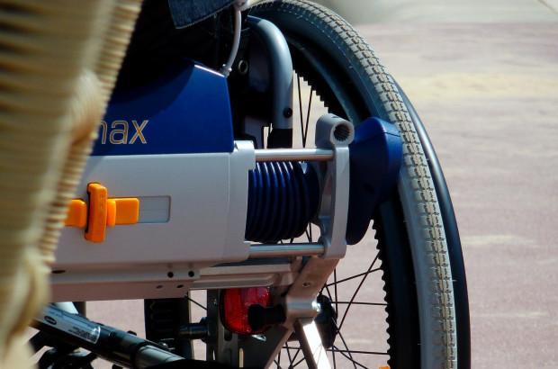 Niepełnosprawna dentystka dopuszczona do wykonywania zawodu
