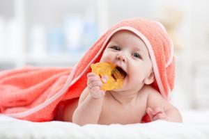 Wyrzynające się zęby mleczne: szanse i zagrożenia