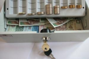 MZ: wynagrodzenie na stażu podyplomowym o całe 44 zł w górę