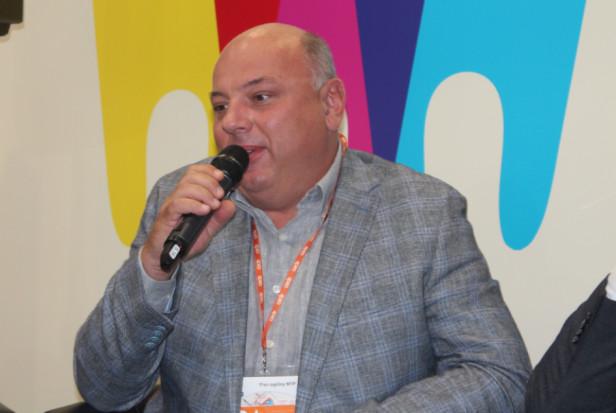 Dariusz Paluszek o zawodzie higienistki stomatologicznej