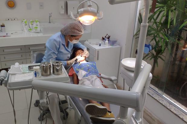 WUM: wakuje stanowisko asystenta na stomatologii
