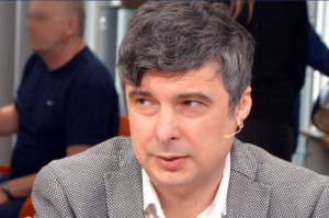 """Dentysta Radosław Lubczyk promuje program """"Szkoła w gabinecie"""""""