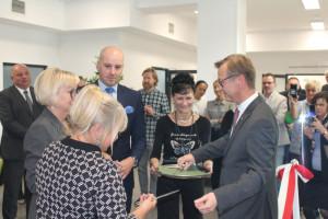 Uniwersyteckie Centrum Stomatologii WUM otwarte – powrót do współczesności
