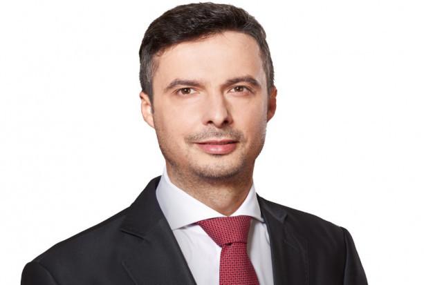 Sejm: druga kadencja posła dentysty Radosława Lubczyka