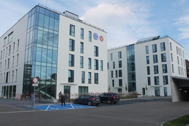 Rektor WUM prostuje błędne informacje na temat UCS