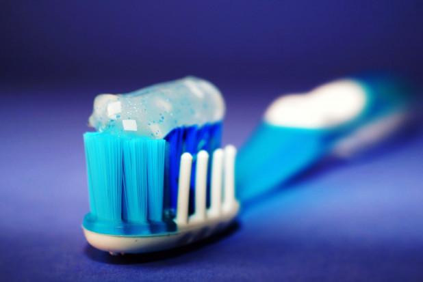 Colgate ma sprawę w sądzie: pasta nie wybiela zębów tak dobrze jak w reklamie