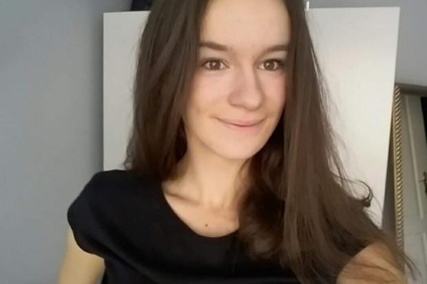 Studentka stomatologii UM w Łodzi ze stypendium
