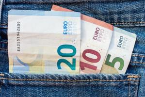 OECD o wydatkach pacjentów na stomatologię z własnej kieszeni