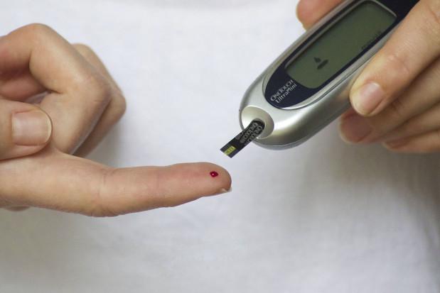 Cukrzyca powoduje utratę kości brzeżnej