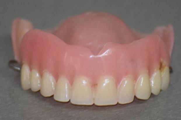 W szpitalu w Hajnówce awantura o protezę zębową