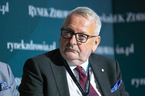 Prezes NRL: procedurą nostryfikacji dyplomu lekarzy spoza UE powinno kierować CMKP