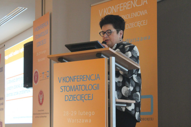 Prof. Teresa Jackowska: wprowadzajmy w stomatologii dziecięcej zmiany systemowe