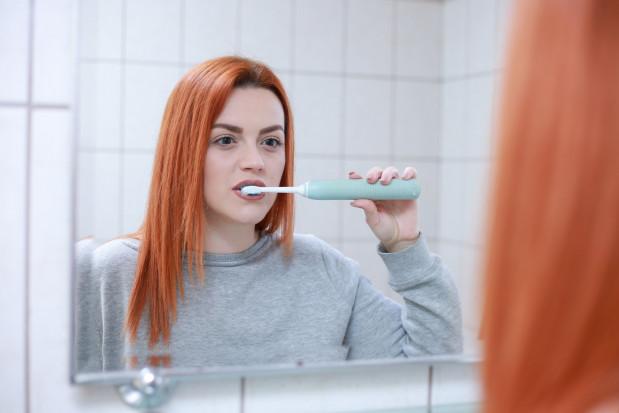 Członkowie rodziny mają podobny skład bakterii jamy ustnej