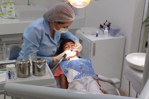 Koronawirus: pacjent u dentysty nie założy maseczki
