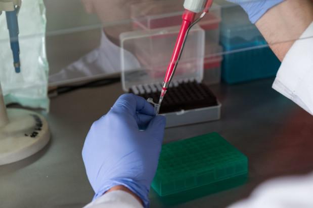 Koronawirus: testy dla pracowników ochrony zdrowia