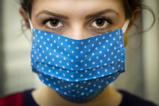 Koronawirus: Jest rozporządzenie o zasadach zakrywania ust i nosa
